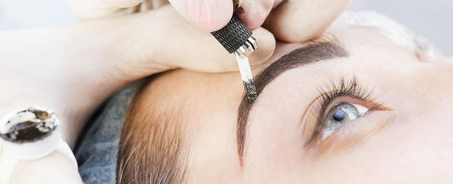 Micropigmentação de sobrancelhas, labial e capilar