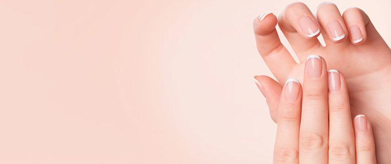 Os benefícios do preenchimento das mãos com ácido hialurônico